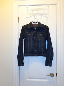 Jean jackets & blue trench coat, size XS