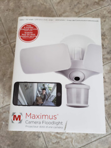 Maximus Smart Security Camera LED Flood Light Motion Activated R