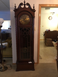Hentschel Vintage Grandfather Clock Model 3040