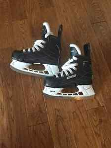 Bauer children's hockey skates size 13R