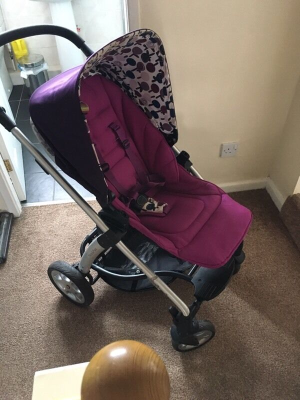 Mamas And Papas Purple Sola Pram In Gateshead Tyne And