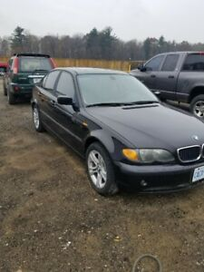 Parting out 2003 BMW 325I