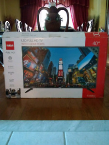 Like New 40 inch RCA LED TV with box (save over $100)