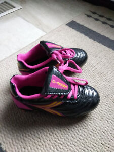 Soccer shoes size 8