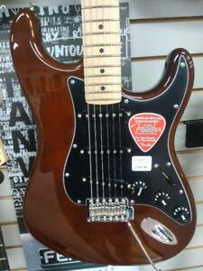 Fender American Special Strat Walnut