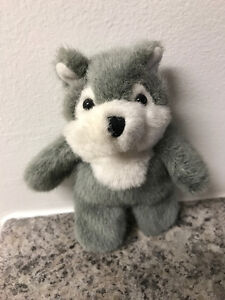 S2 - Natural Wonders - Wolf Finger Puppet