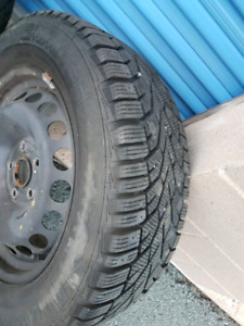 Gislaved Nordfrost 100 215/60r16 5x112 steelies