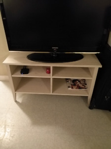 Must sell hard wood tv stand $80 obo