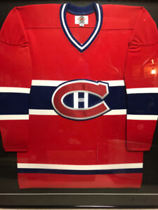 Framed Montreal Canadiens Jersey