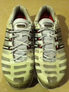 Men's Adidas Clima365 Running Shoes Size 12 London Ontario image 2