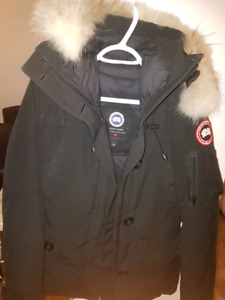 Canada Goose Long Women's M