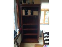 Soft wood stained Mahagony bookcase