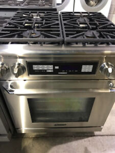 "Dacor 30"" dual fuel gas range PRICE $3000"