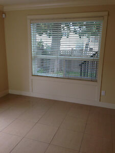 2 bedroom with on site lanudry