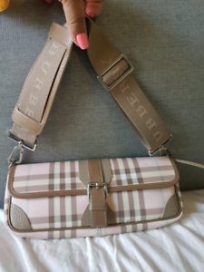 NEW!! AUTHENTIC !! Burberry !! clutch or hand bag