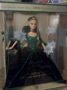 2004 Holiday Barbie Mint Condition