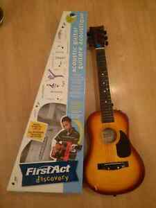 Guitare acoustique First Act discovery 8-14 ans