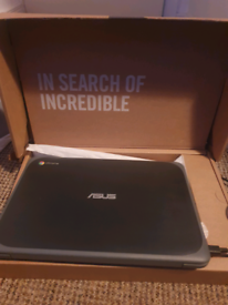 Brand new Chromebook asus 202xa