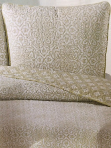 Brand NEW (still in Pkg) Quilted Coverlet and 2 Shams, KING size