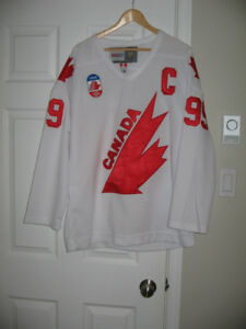 Wayne Gretzky, Carey Price NHL jerseys