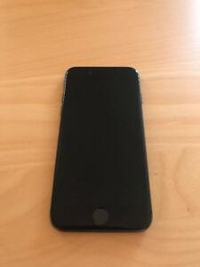 iPhone 8 64 gb - seulement 4 mois d'utilisation
