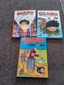 Beano Annuals as shown £ 1 each