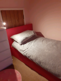 DISMANTLED & READY TO GO! Pink single ottoman bed