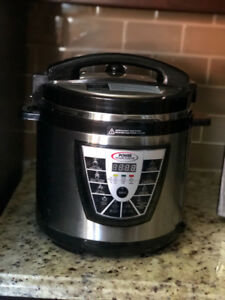 Instant Pot 9-in-1 Multi-use Programmable Pressure Cookers
