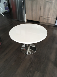 """Bright white glossy coffee table 29.5"""""""