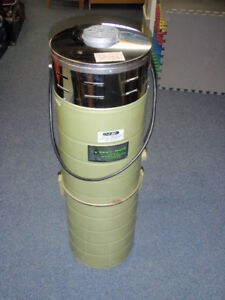 Aspirateur central vacuum Vacu-maid