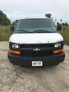 2006 Chevrolet 3500 Express Cargo Van