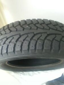 Winter Tires-Hankook 225/60R17