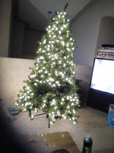 7 ft lit christmas tree reg  286