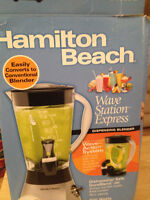 combination Blender and free pouring pitcher