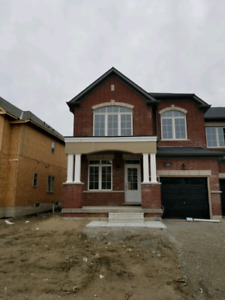 4 Bedroom Town Unit Available Innisfil