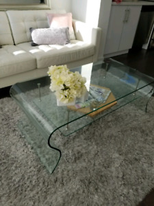 Beautiful tempered glass curved coffee table