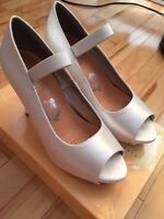 David's Bridal Paloma shoes Size 8