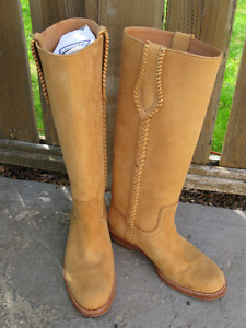 Ladies AERIN made in SPAIN suede leather cowboy boots 8.5