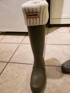 Tall Hunter Boots Size 8 with Socks