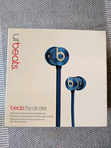 Beats by Dre urBeats blue headphones