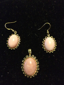 ROSE QUARTZ PENDANT AND PIERCED EARRINGS GOLD PLATE 925 SILVER
