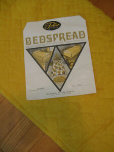 GOLD PERMA-PRESS QUILTED-TOPPED FULL-SIZED LINED BEDSPREAD