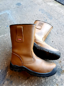 work Rigger boots size 7/fur lined