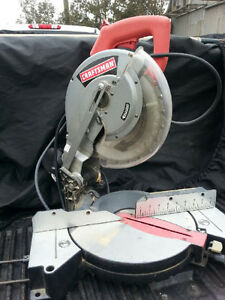 compoud mitre saw