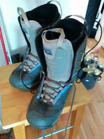 Women's Snowboard boots (size 9)