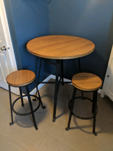 Tall Table with 2 Stools