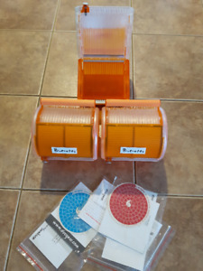 3 DISCGEAR 40 CD DVD BLU-RAY DISC ORGANIZERS STORAGE CASE ORANGE