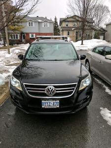 2011 Volkswagen Tiguan WITH WARRANTY