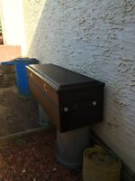 Titan steel tool box