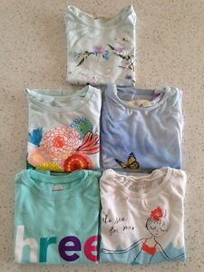 T-shirts for a girl, size 4Y